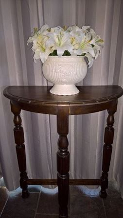 Picture for category Antique Tables